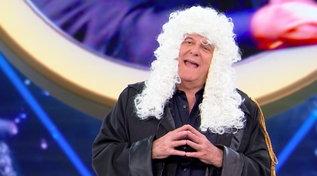 """""""Tu Si Que Vales"""", Gerry Scotti diventa un avvocato difensore per un talento della sua scuderia"""