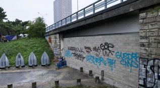Un muro al confine nord-est di Parigi per limitare il viavai di tossicodipendenti