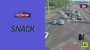 Australia, perde il controllo dell'auto e sfreccia attraverso 8 corsie