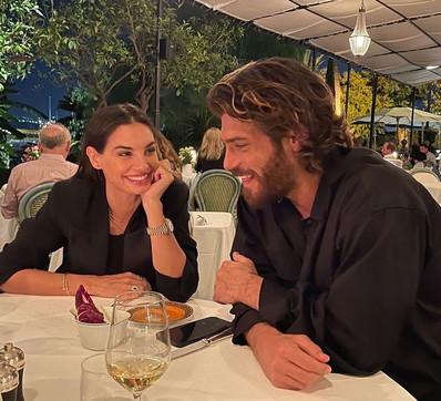Can Yaman e Francesca Chillemi a cena a Palermo, che intesa!