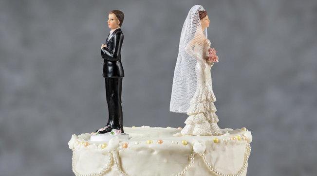 Reggio Calabria, sposato da tre giorni aggredisce la moglie per dividere le spese del matrimonio
