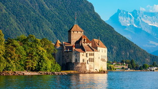 Romantici e misteriosi: i castelli di montagna più affascinanti d'Europa