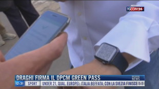 Breaking News delle 12.00 | Draghi firma il dpcm green pass