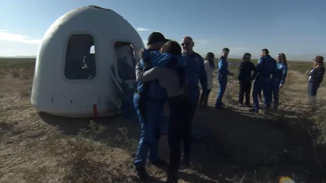 """Il viaggio nello spazio di William Shatner: il """"capitano Kirk"""" è andato davvero in orbita"""