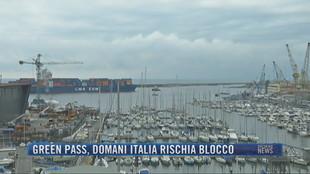 Breaking News delle 23.00 | Green pass, domani Italia rischia blocco