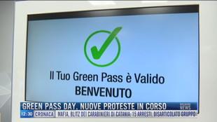 Breaking News delle 12.00 | Green pass day, nuove proteste in corso