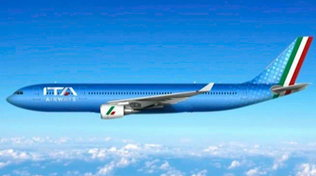 Ita al debutto nei cieli, ecco la nuova livrea della compagnia che sostituisce Alitalia