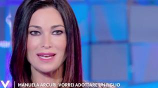 """""""Verissimo"""", Manuela Arcuri: """"Se non dovesse arrivare il secondo figlio, valuteremo l'adozione"""""""