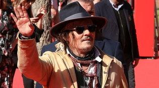 Johnny Depp alla Festa del cinema di Roma, fan impazziti