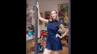 Da showgirl a pittrice affermata: l'arte secondo Ludmilla Radchenko
