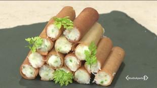 Cannoli croccanti ripieni di merluzzo mantecato