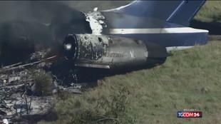 Texas, precipita aereo con 21 persone a bordo: tutti salvi