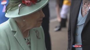 La regina Elisabetta rifiuta un premio per gli anziani più illustri