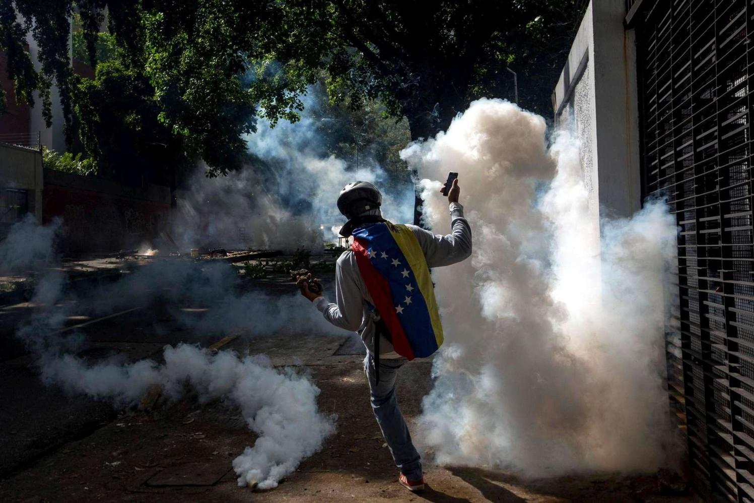 Venezuela, 23 anni di carcere a militare per morte manifestante