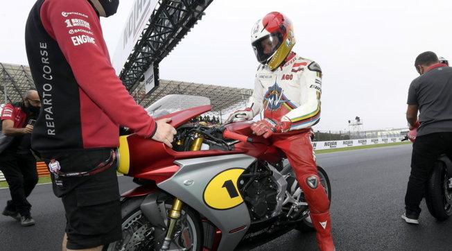 Giacomo Agostini, una storia in moto