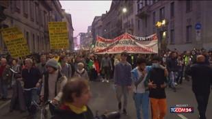Milano, manifestazione No Green pass: un arresto e 83 denunce