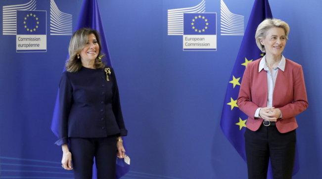 Bruxelles, la Casellati incontra Ursula von der Leyen