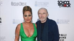 """Phil Collinsumiliato dall'ex moglie: """"Non si è lavato i denti per mesi"""""""