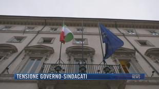 Breaking News delle 23.00 | Tensione governo-sindacati