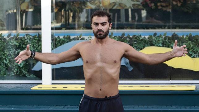 """Addominali e tricipiti: che muscoli al """"Grande Fratello Vip""""!"""