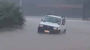 Maltempo, piove tutta la notte a Pantelleria: scuole chiuse