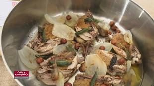 Quaglie cacio e pepe con cipolle al forno